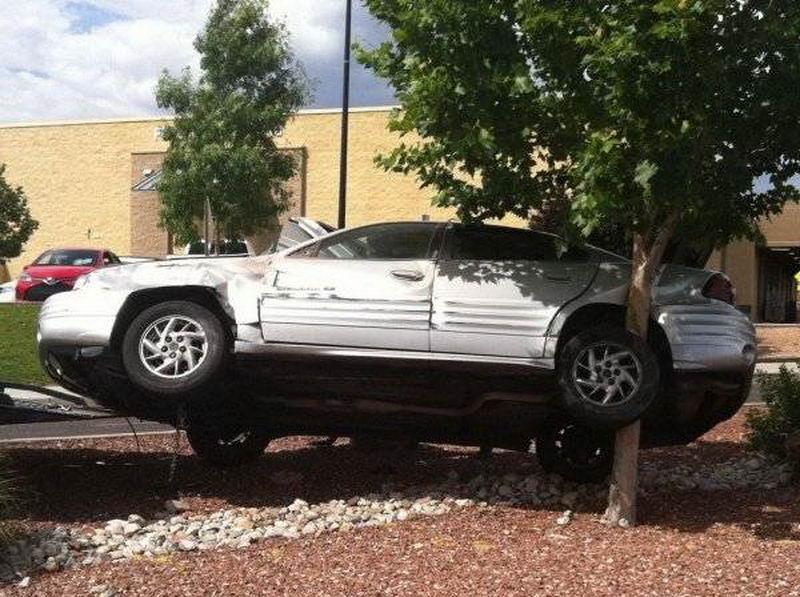 38 Funny Car Fails And Automotive Humor